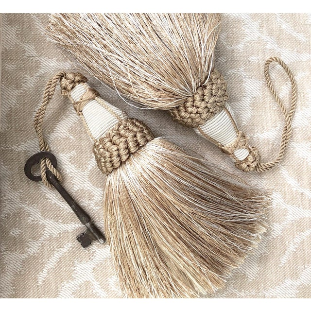 Wood Tan and White Key Tassels With Looped Ruche Trim - a Pair For Sale - Image 7 of 10