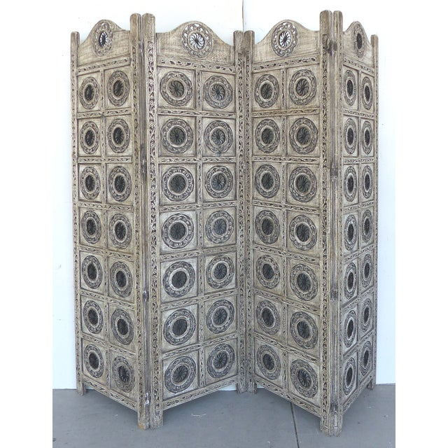 Gray 4-Panel Carved Screen with Iron - Image 2 of 8