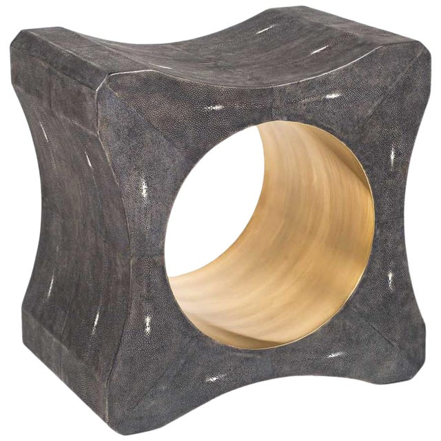 Signet Stool in Black Shagreen & Bronze-Patina Brass by Kifu Paris For Sale