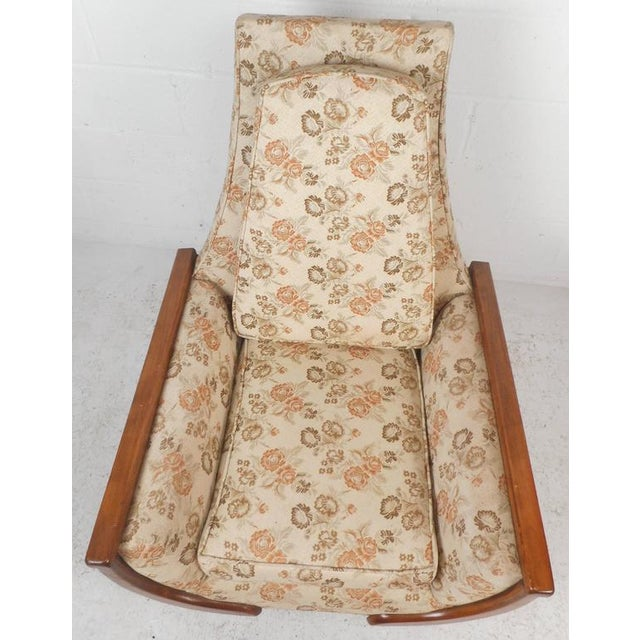 Adrian Pearsall Style Mid-Century Modern High Back Lounge Chair For Sale In New York - Image 6 of 10