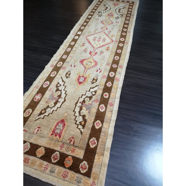 Turkish Contemporary Hand-Knotted Oushak Runner Rug For Sale - Image 4 of 10