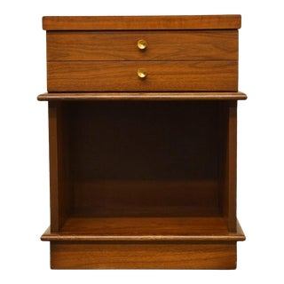 "Dixie Mid Century Modern 20"" Nightstand For Sale"