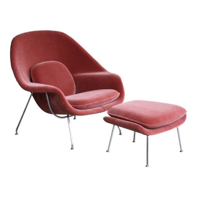 1990s Vintage Eero Saarinen for Knoll Mohair Womb Chair and Ottoman For Sale