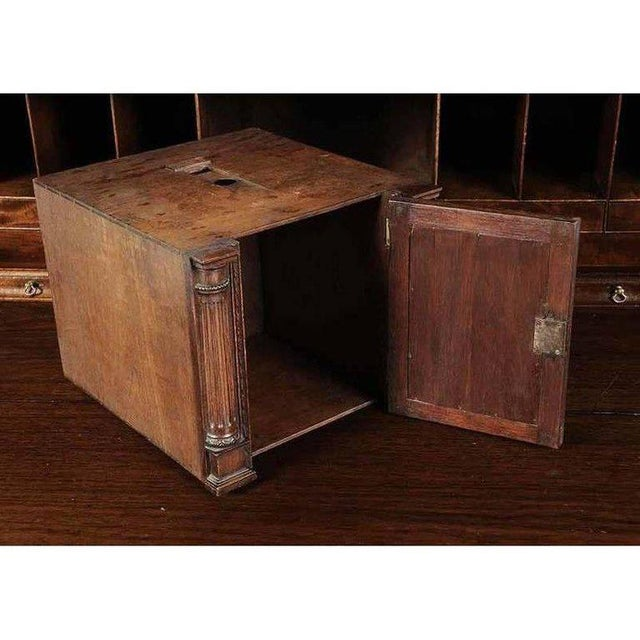 Wood Period Chippendale Figured Mahogany Secretary Bookcase, circa 1765 For Sale - Image 7 of 8