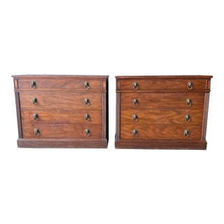Vintage Kittinger English Chests of Drawers - a Pair For Sale
