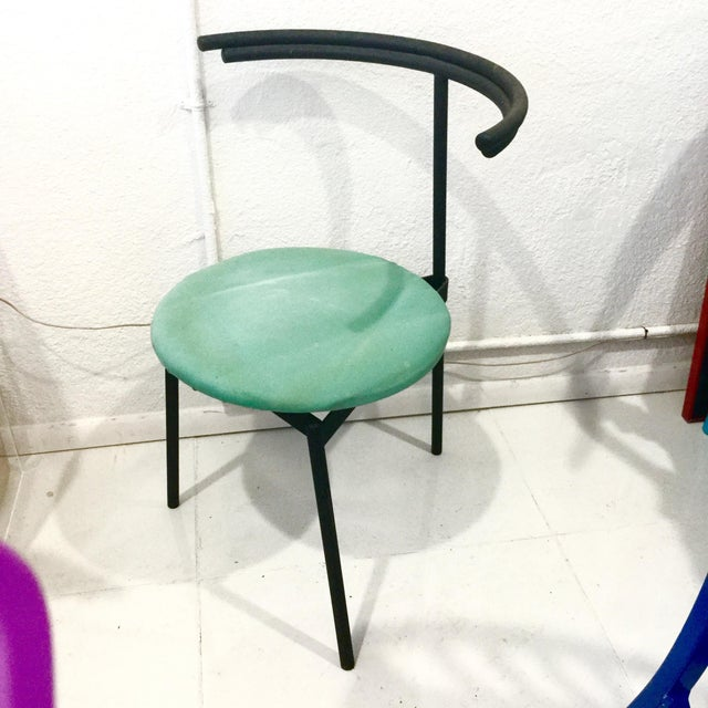 Contemporary 1980s Memphis Cidue 3 Legged Side Chair For Sale - Image 3 of 5