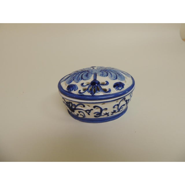 Blue & White Oval Trinket Box With Lid - Image 2 of 5