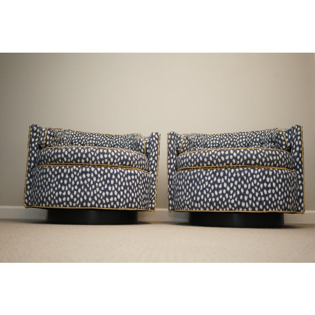 Mid 20th Century Mid-Century Baughman Style Plinth Base Swivel Chairs - A Pair For Sale - Image 5 of 12