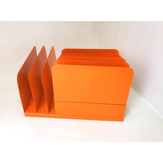 Metal 1960s Tanker Desk Record Album Office Organizer Magazine Rack Orange Mail Sorter For Sale - Image 7 of 10