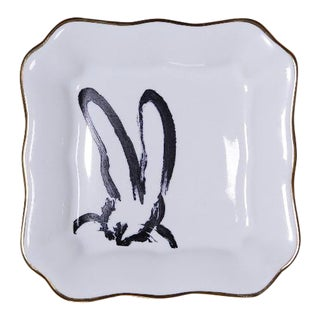 Hunt Slonem Bunny Portrait Plates - Set of 2 For Sale