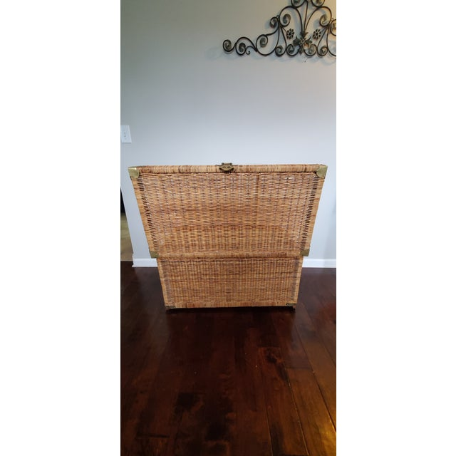 This Beautiful vintage wicker trunk will take you back to 70's has plenty space for blankets, strong enough for a coffee...