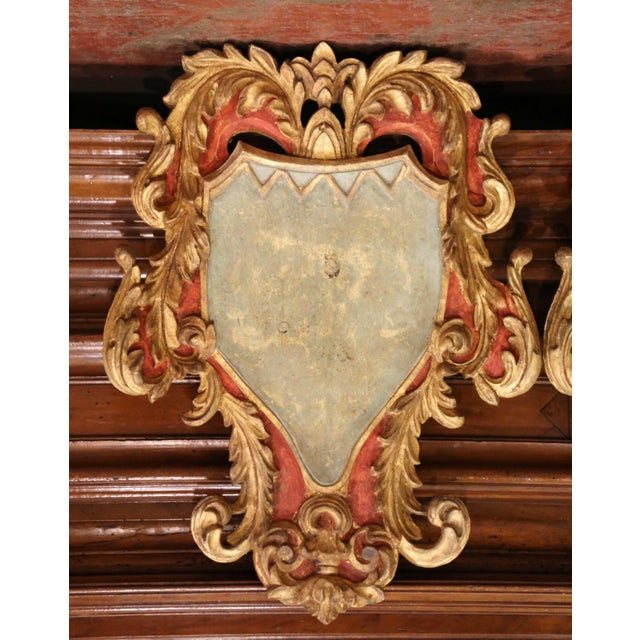 Early 20th Century Italian Carved Gilt and Painted Wall Hanging Shields - a Pair For Sale - Image 4 of 9