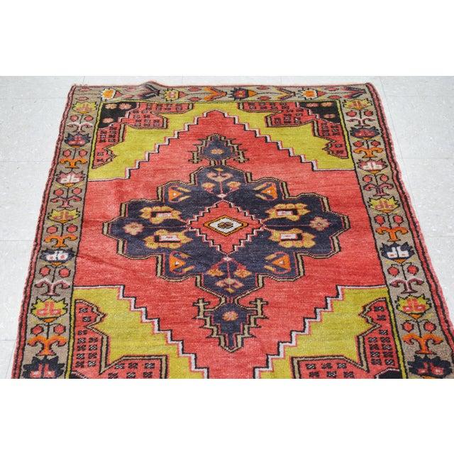 "Boho Chic Vintage Turkish Rug,3'1""x4'2"" For Sale - Image 3 of 6"
