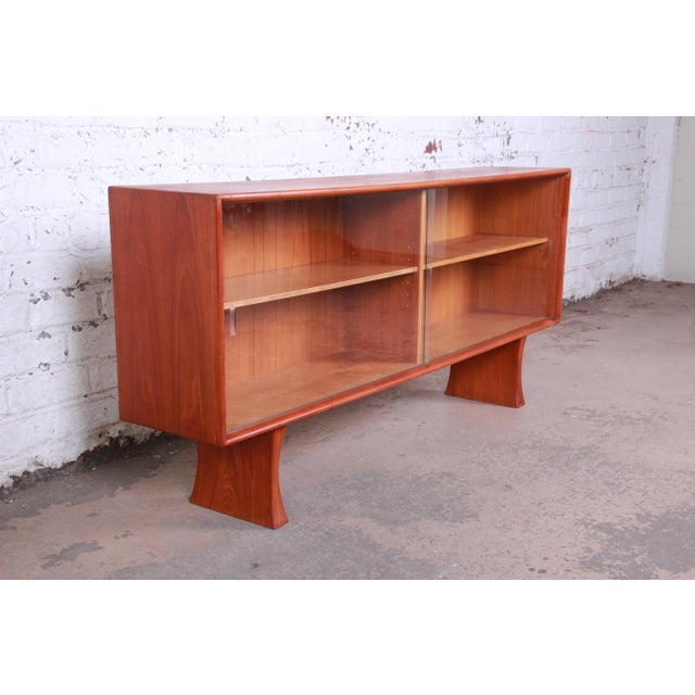 1960s Danish Modern Teak Glass Front Credenza or Bookcase For Sale - Image 5 of 12