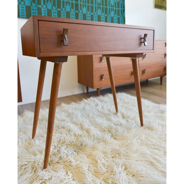 Absolutely perfect and completely restored Stanley Young for Glenn of California Vanity. Done in beautiful dark walnut...