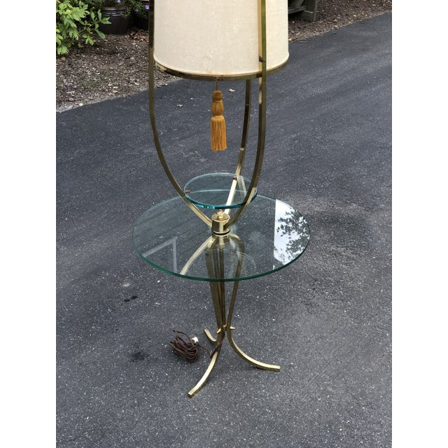 Hollywood Regency Mid Century Modern /Hollywood Regency Floor Lamp with Table For Sale - Image 3 of 12