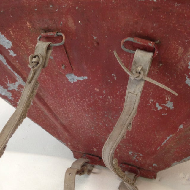 20th Century French Grape Hotte For Sale In Atlanta - Image 6 of 8