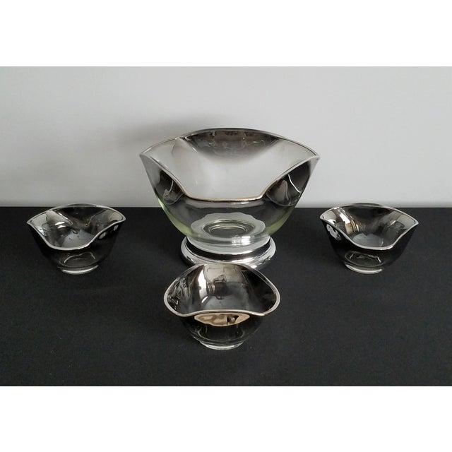 Hollywood Regency Dorothy Thorpe Mid-Century Bowls - Set of 4 For Sale - Image 3 of 8