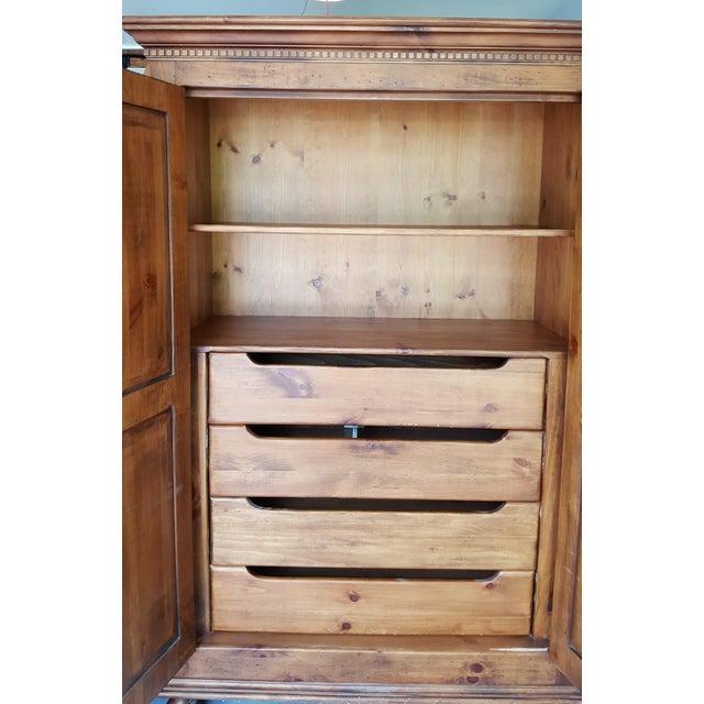 Habersham Plantation Armoire Cabinet - Image 6 of 8