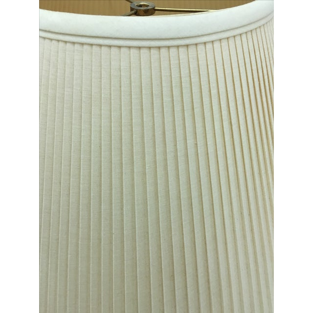 Ivory/White Linen Lampshades - a Pair - Image 4 of 5