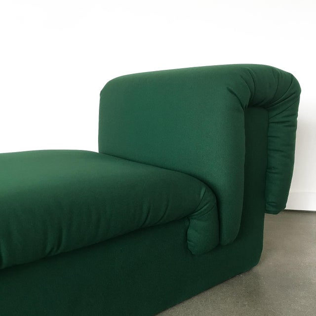 1970s Pair of Italian Fully Upholstered Modernist Chaise Longues For Sale - Image 5 of 13