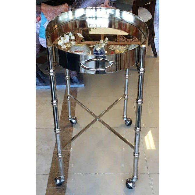 Hollywood Regency 1970s Hollywood Regency Chrome Bar Cart/ Tray-On-Stand For Sale - Image 3 of 11
