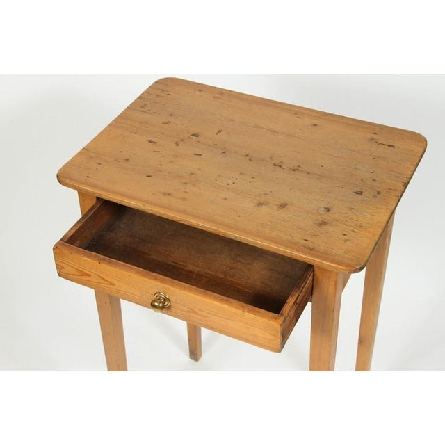 Antique 19th Century English Pine Side Table - Image 5 of 7