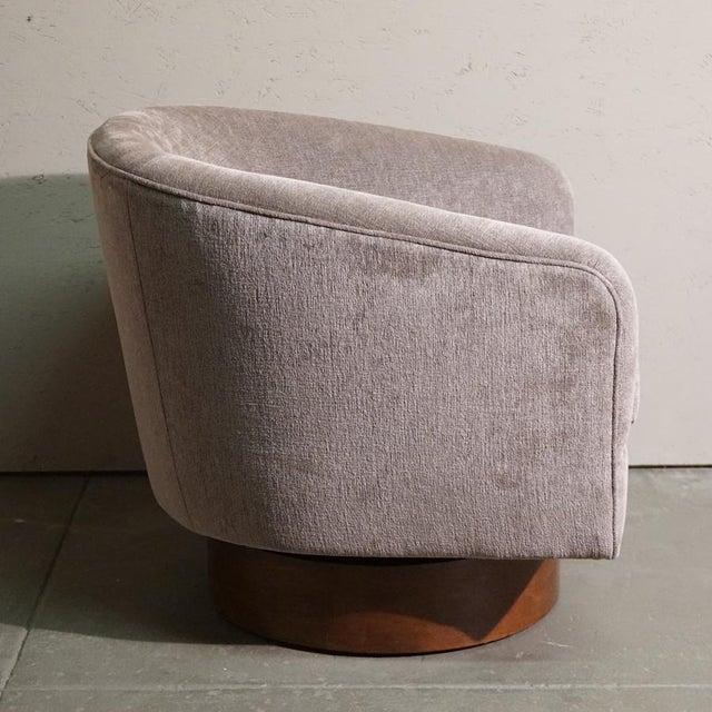 Milo Baughman Swivel Tub Chair - Image 4 of 7