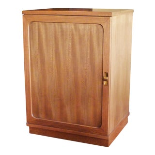 1940s Mid Century Modern Edward Wormley Silver Elm Dry Bar Cabinet For Sale