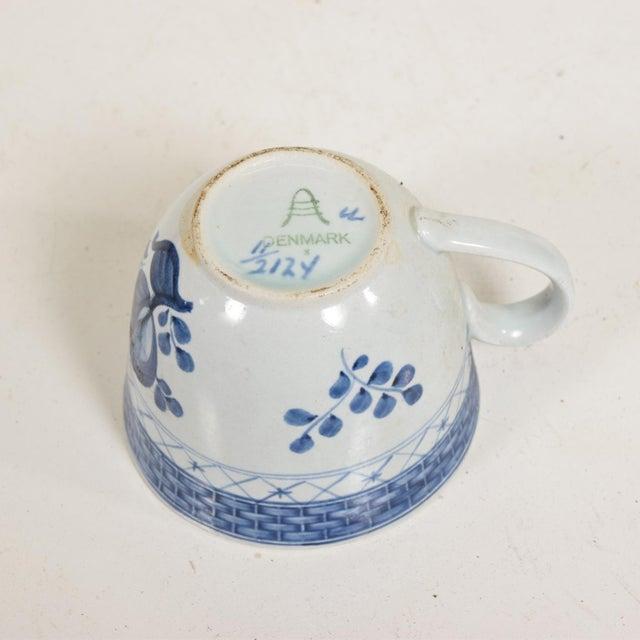 Ceramic Mid Century Danish Modern Coffee Tea Cup & Plate Set for (12) Twelve Person, Royal of Copenhagen Era For Sale - Image 7 of 11