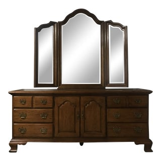 Thomasville Fisher Park Triple Dresser and Mirror For Sale