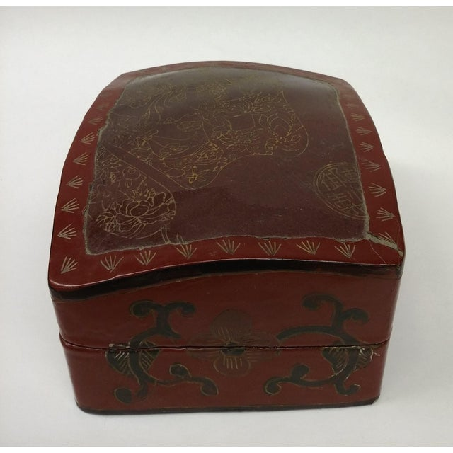 Large Chinese Red Lacquered Porcelain Lidded Box - Image 9 of 11