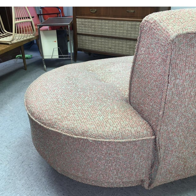 Pink Vintage 1950's Mid-Century Modern Fainting Couch For Sale - Image 8 of 13