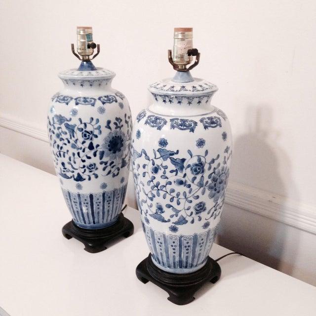 Vintage Blue & White Porcelain Lamps - Pair - Image 4 of 6