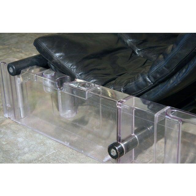"Animal Skin Vittorio Mazzucconi ""Positiv"" Plexi and Leather Sofa For Sale - Image 7 of 11"