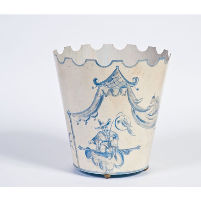 This painterly asian motif reminds us of beautiful Chinoiserie ceramic pieces. This bucket is made of metal, making it...