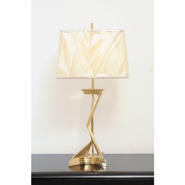 Exquisite Pair of Modern Brass Lamps, Circa 1960 For Sale In Atlanta - Image 6 of 10