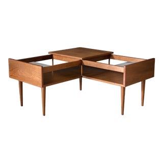 1960s Mid-Century Modern Milo Baughman Glenn of California Walnut Corner Table For Sale
