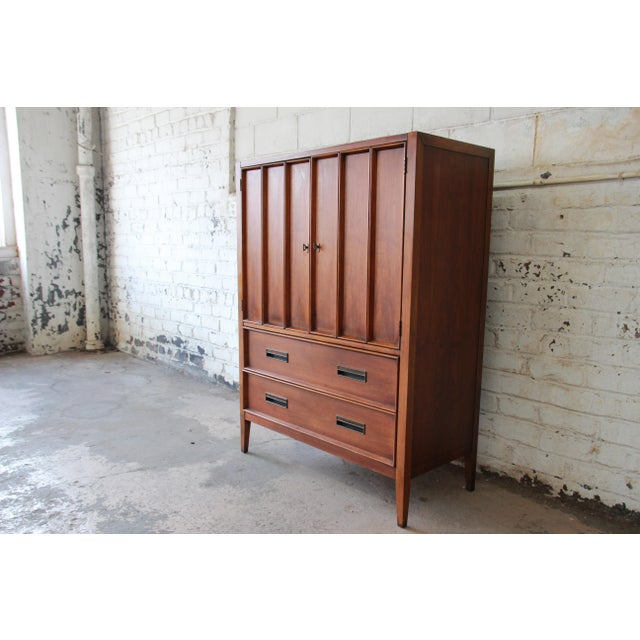 Drexel Mid-Century Modern Walnut Gentleman's Chest by Drexel For Sale - Image 4 of 11
