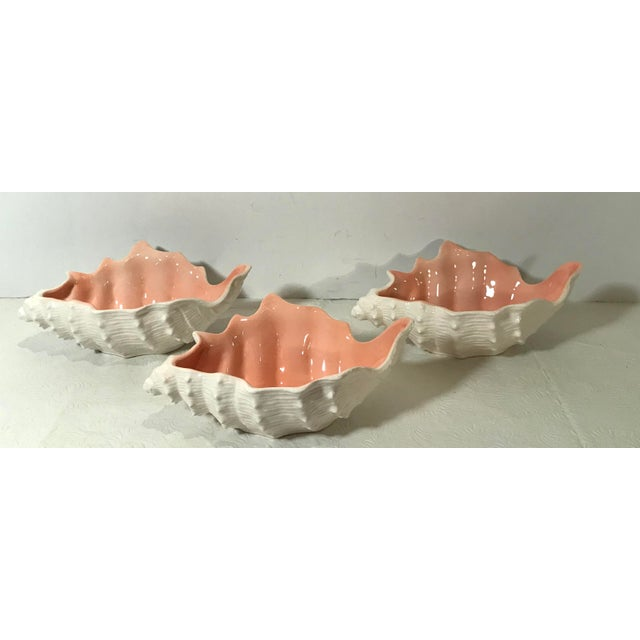 Mid 20th Century Vintage Fitz and Floyd Shell Shaped Bowls - Set of 3 For Sale - Image 5 of 13