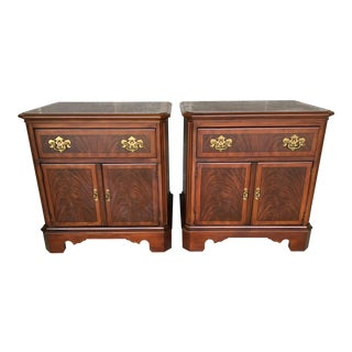 Drexel Heritage Banded Mahogany Chippendale Style Nightstands - A Pair For Sale