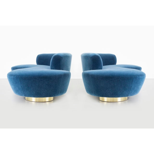 Modern Set of Vladimir Kagan for Directional Cloud Sofas Newly Reupholstered in Mohair For Sale - Image 3 of 12