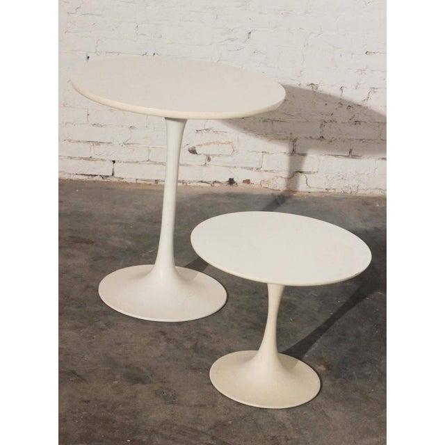 Mid-Century Modern Saarinen-Style Tulip Side Table - Image 8 of 8