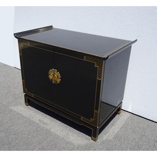 Mid-Century Modern Vintage Mid Century Chinoiserie Oriental Asian Black Entry Table Cabinet For Sale - Image 3 of 13