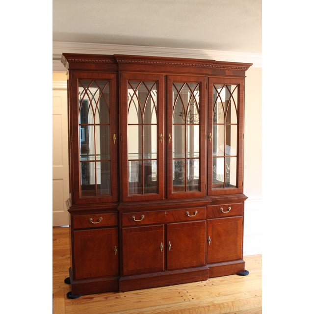 Ethan Allen 18th Century Mahogany China Cabinet - Image 2 of 3
