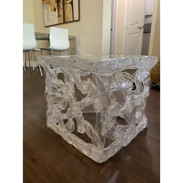 1970s Tony Duquette Acrylic Ribbon End Table For Sale - Image 5 of 6