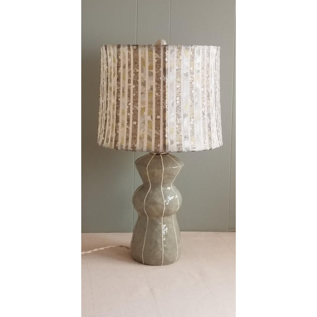 Jil Smith Gray Ceramic Table Lamp with Shade For Sale - Image 4 of 4