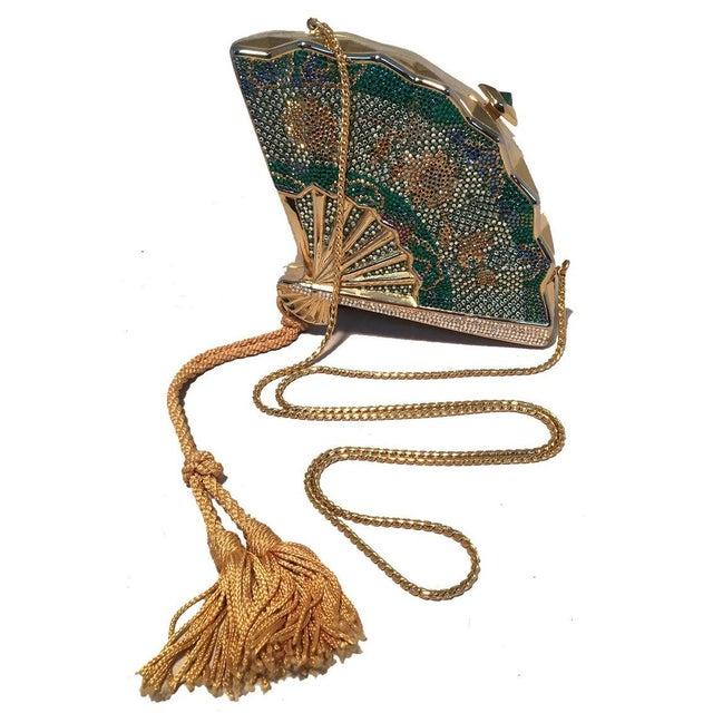1980s Judith Leiber Swarovski Crystal Fan Minaudiere Evening Bag Clutch Wristlet For Sale - Image 5 of 8