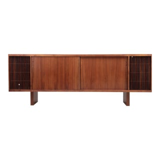 Huge Mid-Century Studio Hifi Phono Credenza in Walnut, USA 1960s For Sale