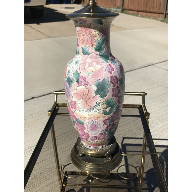 Asian Pink Floral Ginger Jar Table Lamp For Sale - Image 3 of 4
